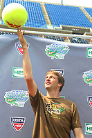 Tony Hawk, 8-25-07 Photo By John Barrett/PHOTOlink