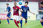 Guangzhou Forward Alan Douglas De Carvalho (L) plays against Suwon Defender Jang Hoik (R) during the AFC Champions League 2017 Group G match between Guangzhou Evergrande FC (CHN) vs Suwon Samsung Bluewings (KOR) at the Tianhe Stadium on 09 May 2017 in Guangzhou, China. Photo by Yu Chun Christopher Wong / Power Sport Images