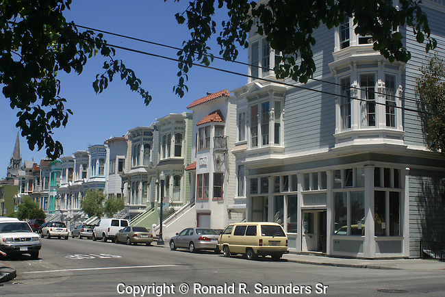 SAN FRANCISCO STREET WITH PAINTED LADIES