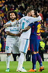 Sergio Ramos (C) of Real Madrid hugs Jose Paulo Bezerra Maciel Junior, Paulinho (R), of FC Barcelona after the La Liga 2017-18 match between FC Barcelona and Real Madrid at Camp Nou on May 06 2018 in Barcelona, Spain. Photo by Vicens Gimenez / Power Sport Images