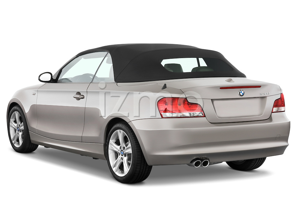 Rear three quarter view of a 2007 - 2011 BMW 1-Series 128i convertible.