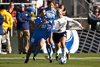 Notre Dame Fighting Irish forward Melissa Henderson (6) is chased by North Carolina Tar Heels midfielder Tobin Heath (98). The North Carolina Tar Heels defeated the Notre Dame Fighting Irish 2-1 during the finals of the NCAA Women's College Cup at Wakemed Soccer Park in Cary, NC, on December 7, 2008. Photo by Howard C. Smith/isiphotos.com