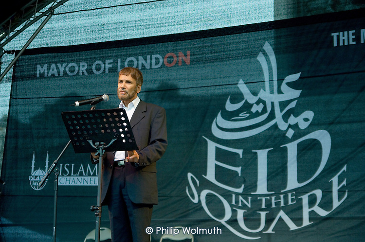 Dr M A Bari, Secretary General of the Muslim Council of Britain, speaks at the first ever celebration in Trafalgar Square of the Muslim festival of Eid ul-fitr, which marks the end of Ramadan