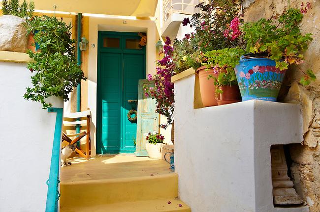 Narrow streets & houses of Ano Syros,  Syros Island [ ????? ] , Greek Cyclades Islands
