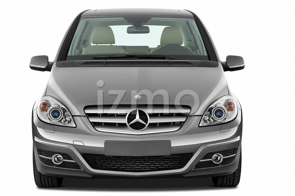 Straight front view of a 2009 Mercedes B Class Sport Mini MPV