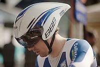 3 Days of De Panne.stage 3b: De Panne-De Panne TT..Kenny Van Hummel (NLD) prepping for the TT.