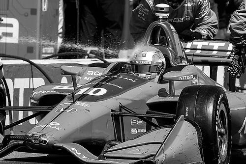 2018 Verizon IndyCar Series - Firestone Grand Prix of St. Petersburg<br /> St. Petersburg, FL USA<br /> Sunday 11 March 2018<br /> Ed Jones, Chip Ganassi Racing Honda, pit stop, water spray on helmet<br /> World Copyright: Michael L. Levitt<br /> LAT Images<br /> ref: Digital Image _01I5203