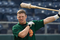 July 19, 2007: Boise Hawks' Josh Donaldson loosens up with a weighted bat prior to playing against the Everett AquaSox in a Northwest League game at Everett Memorial Stadium in Everett, Washington.