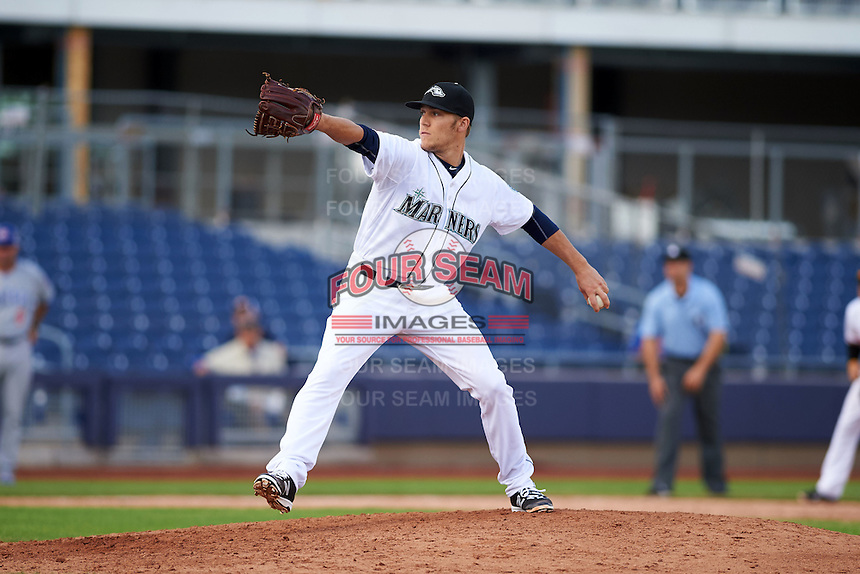 Peoria Javelinas pitcher Paul Fry (47) delivers a pitch during an Arizona Fall League game against the Mesa Solar Sox on October 21, 2015 at Peoria Stadium in Peoria, Arizona.  Peoria defeated Mesa 5-3.  (Mike Janes/Four Seam Images)