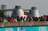 Fans am Eingang bei der EURO2020 in München<br /> - Muenchen 19.06.2021: Deutschland vs. Portugal, Allianz Arena Muenchen, Euro2020, emonline, emspor, <br /> <br /> Foto: Marc Schueler/Sportpics.de<br /> Nur für journalistische Zwecke. Only for editorial use. (DFL/DFB REGULATIONS PROHIBIT ANY USE OF PHOTOGRAPHS as IMAGE SEQUENCES and/or QUASI-VIDEO)