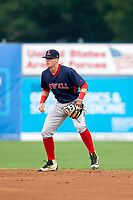 Lowell Spinners second baseman Brett Netzer (18) during a game against the Batavia Muckdogs on July 12, 2017 at Dwyer Stadium in Batavia, New York.  Batavia defeated Lowell 7-2.  (Mike Janes/Four Seam Images)