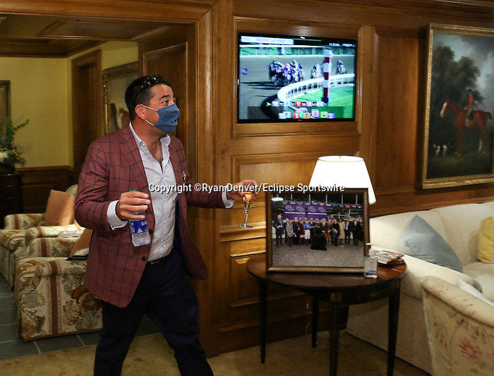 November 7, 2020 : Connections of Whitmore at Champion's Terrace after the Sprint on Breeders' Cup Championship Saturday at Keeneland Race Course in Lexington, Kentucky on November 7, 2020. Ryan Denver/Eclipse Sportswire/Breeders' Cup/CSM