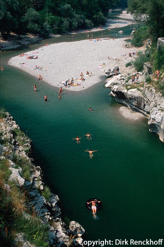 Slowenien, Kanal, Baden in der Soca
