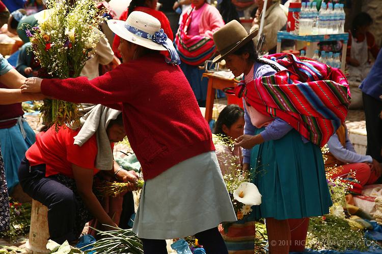 A flower vendor at the Pisac market.