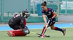 v.li.: Femke Jovy (Torwart, Mülheim, 6) gegen Lucina von der Heyde (MHC, 2) beim Penalty shoot-out, Penaltyschießen, Entscheidung, Action, Aktion, Spielszene, 01.05.2021, Mannheim  (Deutschland), Hockey, Deutsche Meisterschaft, Viertelfinale, Damen, Mannheimer HC - HTC Uhlenhorst Mülheim <br /> <br /> Foto © PIX-Sportfotos *** Foto ist honorarpflichtig! *** Auf Anfrage in hoeherer Qualitaet/Aufloesung. Belegexemplar erbeten. Veroeffentlichung ausschliesslich fuer journalistisch-publizistische Zwecke. For editorial use only.