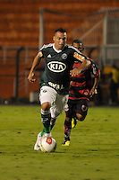 SÃO PAULO, SP, 23 DE FEVEREIRO DE 2012 - CAMPEONATO PAULISTA - PALMEIRAS x OESTE - Daniel Carvalho durante partida Palmeirsx Oeste valida pela 9ª rodada do Campeonato Paulista no estadio Paulo Machado de Carvalho (Pacaembu), região oeste da capital paulista. (FOTO: LEVI BIANCO - BRAZIL PHOTO PRESS)