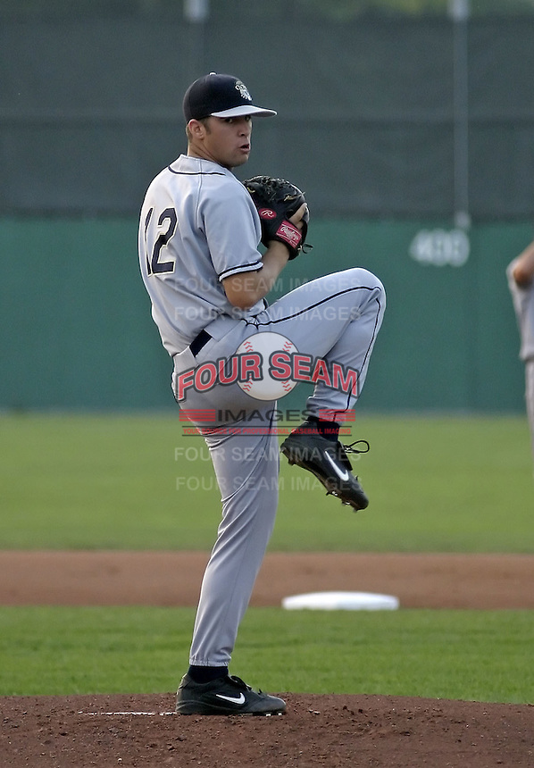 September 4, 2004:  Pitcher Ryan Knippschild of the Mahoning Valley Scrappers, Short-Season Low-A NY-Penn League affiliate of the Cleveland Indians, during a game at Dwyer Stadium in Batavia, NY.  Photo by:  Mike Janes/Four Seam Images