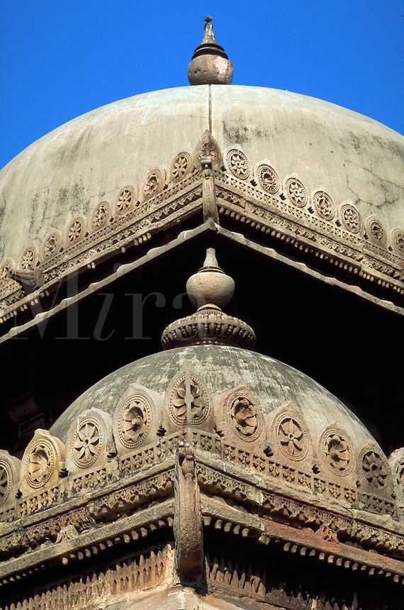 Detail view of ornately decorated roofs on the Rani Sipri (Sabrai) mosque. Ahmedabad, India.