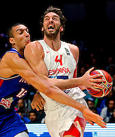 Spain's Pau Gasol (R) vies with France's Rudy Gobert (L) during European championship semi-final basketball match between France and Spain on September 17, 2015 in Lille, France  (credit image & photo: Pedja Milosavljevic / STARSPORT)