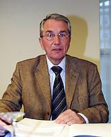 20031213, Rotterdam,  ALV, KNLTB , J. Ruiter
