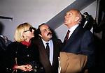 SANDRA MONDAINI, MAURIZIO COSTANZO E RAIMONDO VIANELLO<br /> TEATRO BRANCACCIO ROMA 1985