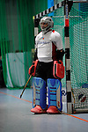 MANNHEIM, DEUTSCHLAND, FEBRUAR 01: Viertelfinale in der 1. Hockey Bundesliga der Herren, Hallensaison 2013/2014. Begegnung zwischen dem Mannheimer HC (blau) und RW Köln (rot) am 01. Februar, 2013 in der Irma-Röchling-Halle in Mannheim, Deutschland. Endstand 4-6. (4-1) (Photo by Dirk Markgraf / www.265-images.com) *** Local caption *** #1 Sven Helming vom Mannheimer HC