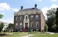 Nederland - Maarssen- 2020.   Huizen aan de Vecht.  Buitenplaats Goudestein in Maarssen.   Foto Berlinda van Dam / Hollandse Hoogte