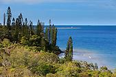 Bonne Anse et son phare à l'entrée de la baie de Prony, sud de la Nouvelle-Calédonie