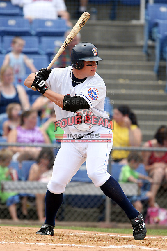 July 7th 2008:  Outfielder Caleb Stewart of the Binghamton Mets, Class-AA affiliate of the New York Mets, during a game at NYSEG Stadium in Binghamton, NY.  Photo by:  Mike Janes/Four Seam Images
