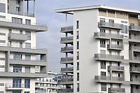 - Milan, yards for the completion of Santa Giulia residential area at Rogoredo, designed by architect Norman Foster<br /> <br /> - Milano, cantieri per il completamento del quartiere residenziale Santa Giulia a Rogoredo, progettato dall'architetto Norman Foster