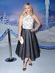 Hollywood, CA - NOVEMBER 19: Kristen Bell arrives at The Disney FROZEN Premiere held at The El Capitan Theatre in Hollywood, California on November 19,2012                                                                               © 2013 Hollywood Press Agency