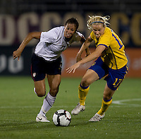 Shannon Boxx, Lisa Dahlkvist. The USWNT defeated Sweden, 3-0.