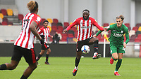 Brentford's Josh DaSilva controls the ball as Preston North End's Brad Potts looks on during Brentford vs Preston North End, Sky Bet EFL Championship Football at the Brentford Community Stadium on 4th October 2020