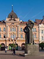 Denkmal Svetzar Miletic auf Trg Slobode in Novi Sad = Neusatz, Vojvodina, Serbien, Europa<br /> Monument Svetzar Miletic at Freedom Square-Trg Slobode, Novi Sad, Vojvodina, Serbia, Europe