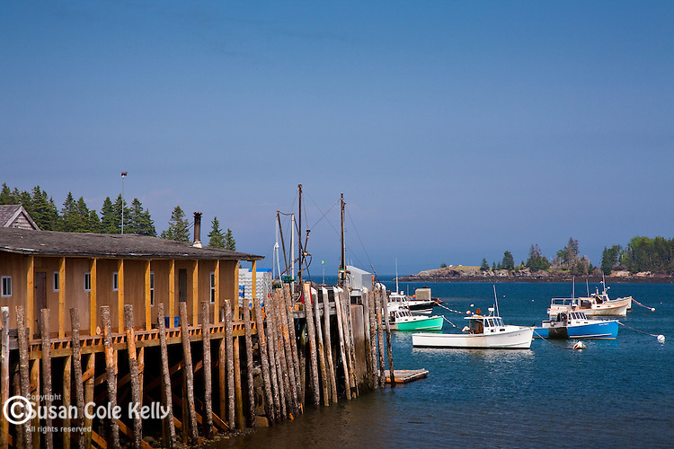 Sunshine in the fishing village of Owl's Head, ME, USA