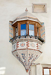 Schweiz, Graubuenden, Muenstertal, Muenster: Erker, Fenster | Switzerland, Graubuenden, Muenster Valley, Muestair: gazebo, window