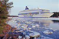 Silja Europa rounds the bend through springtime ice at Ruissalo, Turku.