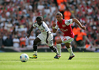 Pictured L-R: Nathan Dyer of Swansea against Kieran Gibbs of Arsenal. Saturday 10 September 2011<br />