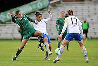 Shannon Boxx, Chioma Igwe.Kristine Lilly...Saint Louis Athletica  tied 1-1 with Boston Breakers at Anheuser-Busch Soccer Park, Fenton, MO.