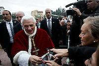 Papa Benedetto XVI tiene una visita pastorale alla parrocchia di San Massimiliano Kolbe, nella zona di Torre Angela, alla periferia di Roma, 12 dicembre 2010..Pope Benedict XVI attends a pastoral visit at the St. Maximilian Kolbe's parish church in the outskirts of Rome, 12 december 2010..© UPDATE IMAGES PRESS/Riccardo De Luca