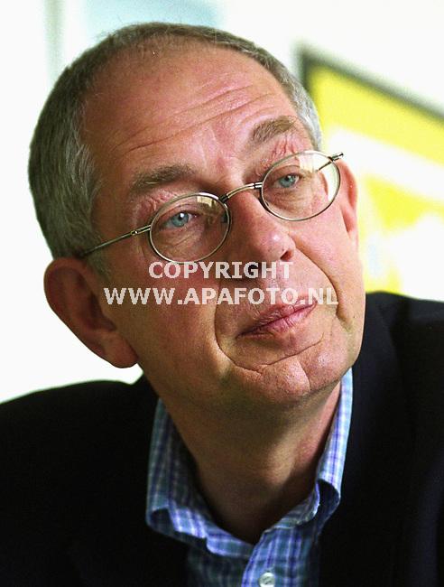 Herveld . 030400  Foto : Koos Groenewold (APA)<br />Dhr Taanman tijdens interview.