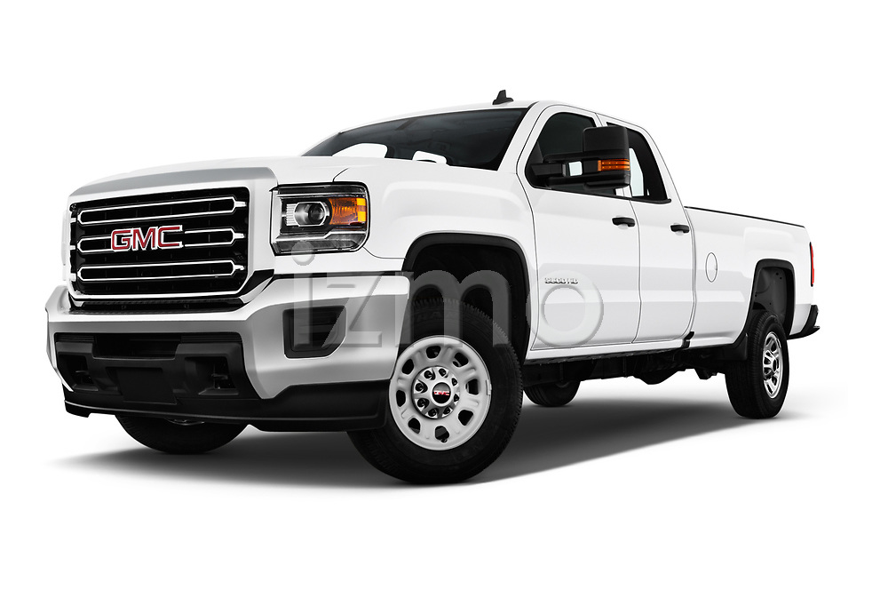 Stock pictures of low aggressive front three quarter view of a 2018 GMC Sierra 3500HD Double 4WD Cab Long Box 4 Door Pick Up