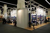 Stand mit Büchern aus der Tschechischen Republik