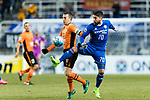 Ulsan Hyundai Midfielder Dimitrios Petratos (R) fights for the ball with Brisbane Roar Midfielder Matt Mckay (L) during the AFC Champions League 2017 Group E match between Ulsan Hyundai FC (KOR) vs Brisbane Roar (AUS) at the Ulsan Munsu Football Stadium on 28 February 2017 in Ulsan, South Korea. Photo by Victor Fraile / Power Sport Images