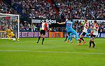 Nederland, Rotterdam, 11 mei 2015<br /> Eredivisie<br /> Seizoen 2014-2015<br /> Feyenoord-Vitesse<br /> Rochdi Achenteh van Vitesse scoort met een afstandsschot: 1-3