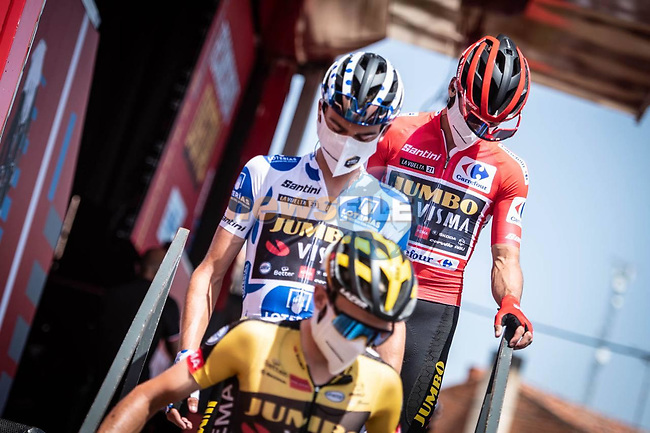 Jumbo-Visma with race leader Red Jersey Primoz Roglic (SLO) and polka Dot Jersey Sepp Kuss (USA) at sign on before the start Stage 2 of La Vuelta d'Espana 2021, running 166.7km from Caleruega. VIII Centenario de Santo Domingo de Guzmán to Burgos. Gamonal, Spain. 15th August 2021.    <br /> Picture: Unipublic/Charly Lopez   Cyclefile<br /> <br /> All photos usage must carry mandatory copyright credit (© Cyclefile   Unipublic/Charly Lopez)