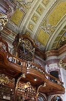 Barocker Prunksaal der Nationalbibliothek, Wien, Österreich, UNESCO-Weltkulturerbe<br /> baroque style state room of National Library, Josefsplatz, Vienna, Austria, world heritage