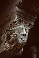 Europe/France/Midi-Pyrénées/09/Ariège/Mirepoix: Place des Couverts - Maison à poutres sculptées