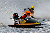 425-V                (Outboard Runabouts)