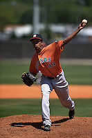 Houston Astros pitcher Chris Lee (44) during a minor league spring training game against the Atlanta Braves on March 29, 2015 at the Osceola County Stadium Complex in Kissimmee, Florida.  (Mike Janes/Four Seam Images)